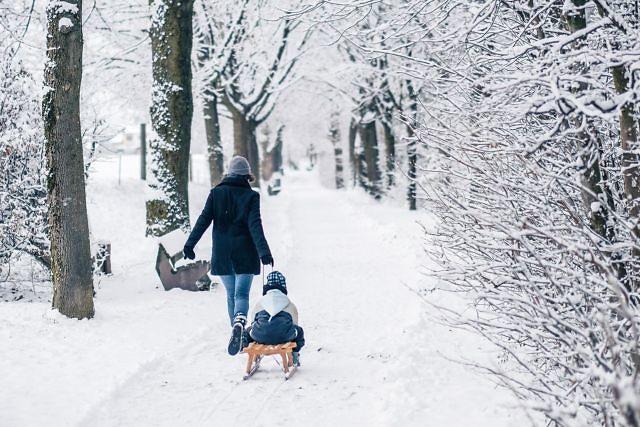 Ein kleiner Winterspaziergang durch den Schnee.   #snow #winter #spaziergang